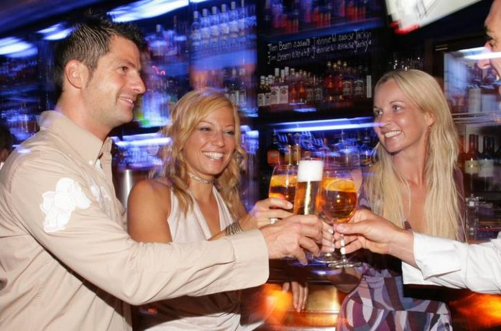 Nightclubs and Bars – Enjoy Your Weekend Now!